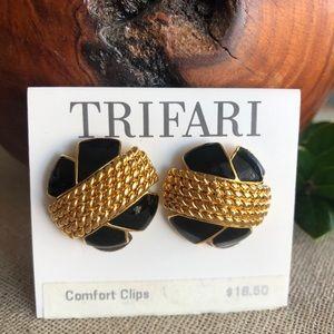 Vintage Trifari Black & Goldtone Clip Earrings